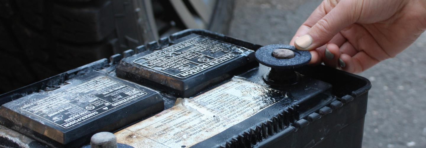 How To Clean Battery Acid >> Blog Ultimate Guide To Clean And Remove Car Battery Corrosion