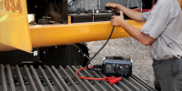 GB500+ powerful 12V and 24V battery system portable vehicle battery starter lifestyle photo